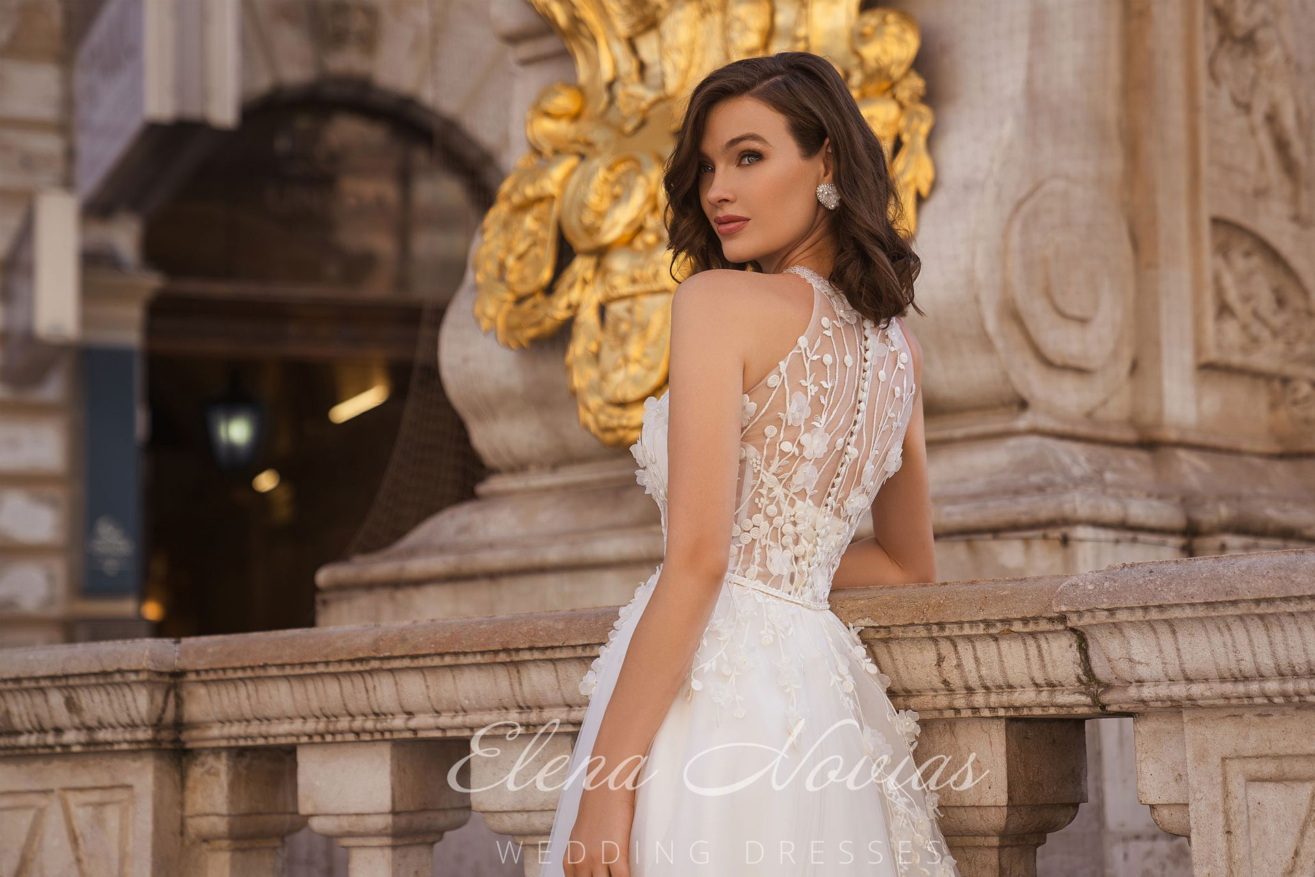 Einzigartige Brautkleider von Elena Novias